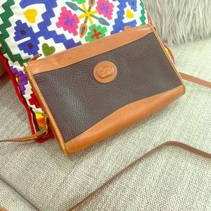 Dooney & Bourke Crossover purse!